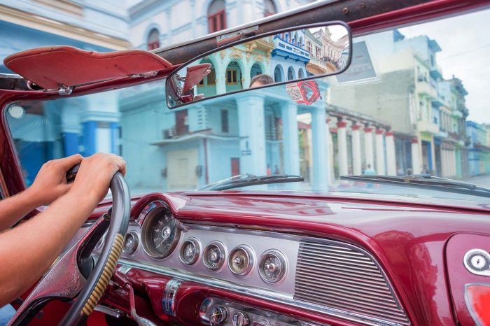 Tour di Cuba privato in auto d'epoca